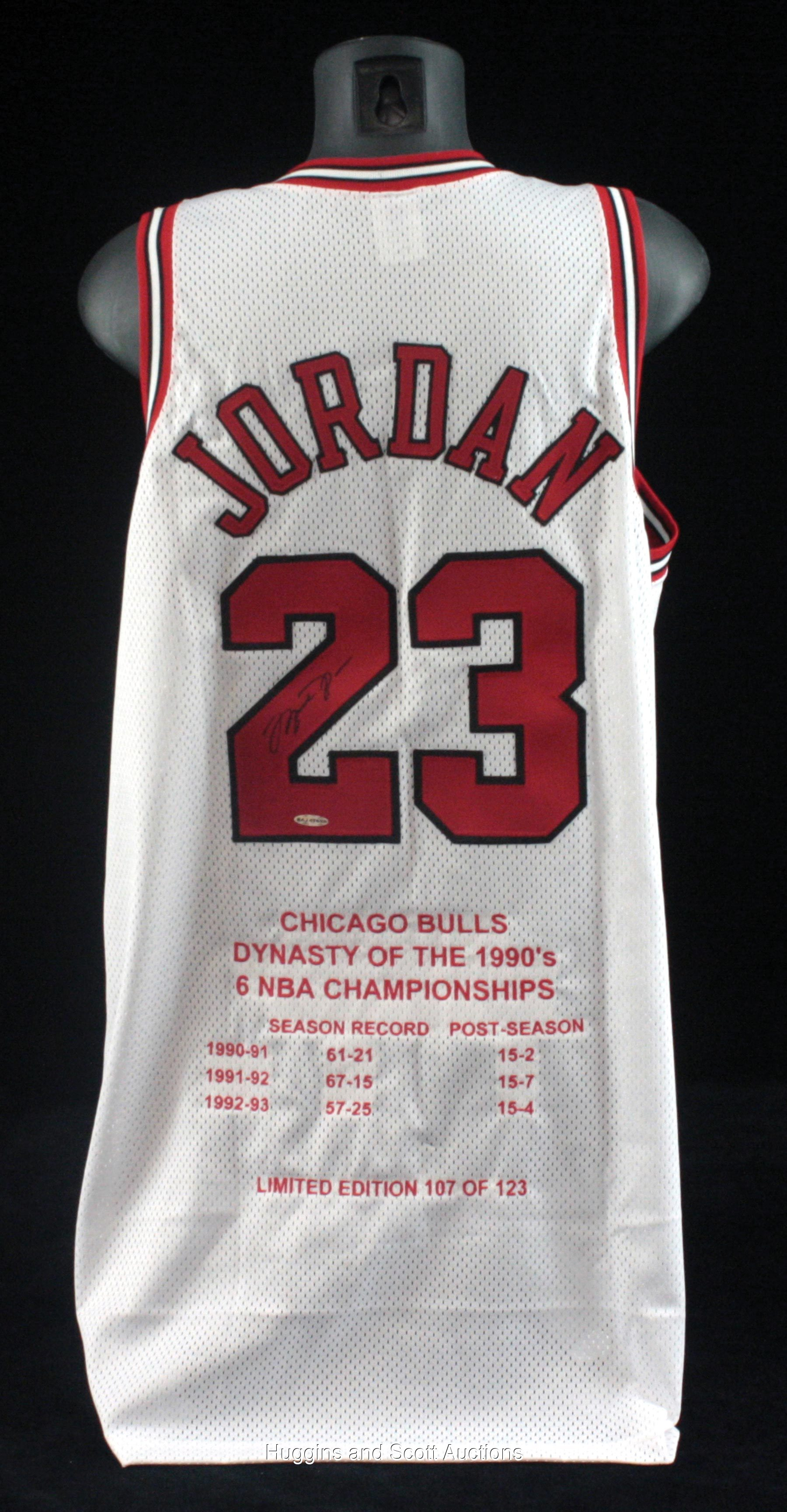 los angeles aa8de acc29 Michael Jordan Signed Chicago Bulls Embroidered